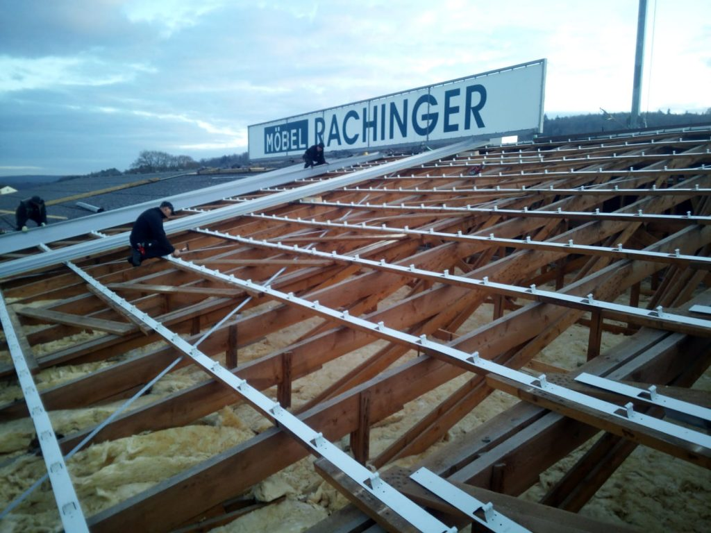 Profilblechmontage Dachdecker